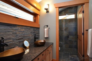 Beautiful bathroom in log home