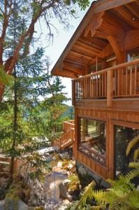 Beautiful Log Cabin Deck
