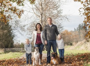 family-photo-in-fall