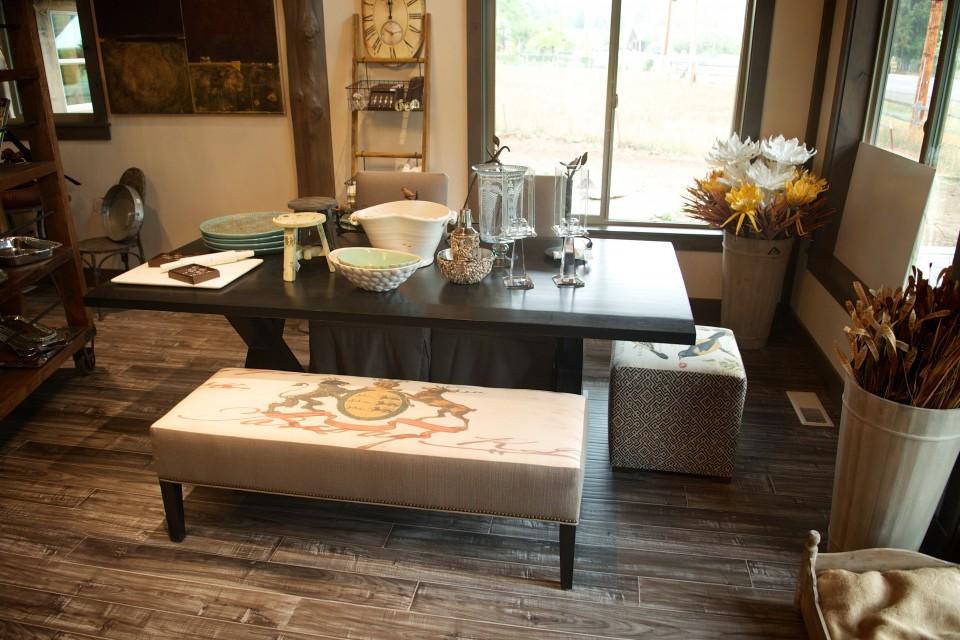 Dinning Room Table