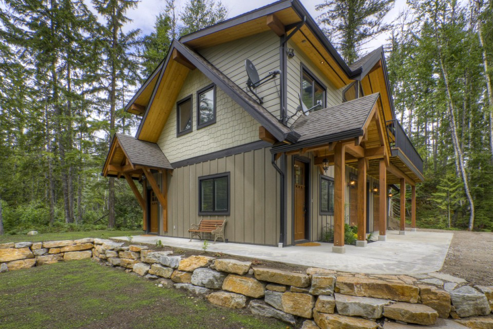 Timber Frame Coach Home