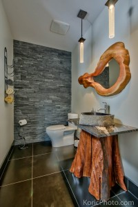 bathroom-in-timber-frame-home