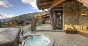 hot-tub-on-deck