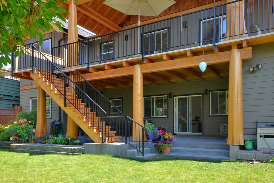 Staircase entrance to backyard
