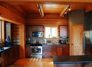 custom log cabin kitchen