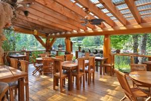 beautiful restaurant deck
