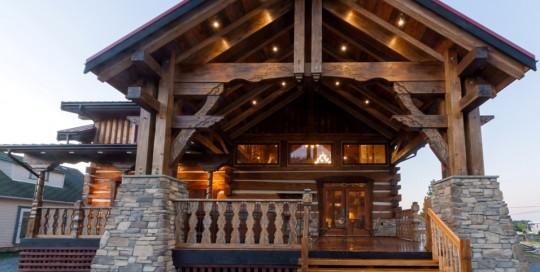 luxurious log cabin