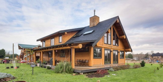 Campbell Valley Post and Beam Log Home 15 - Streamline Design