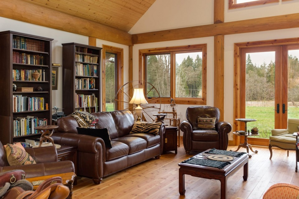 Campbell Valley Post and Beam Log Home 4 - Streamline Design