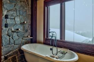 soaker-bathtub