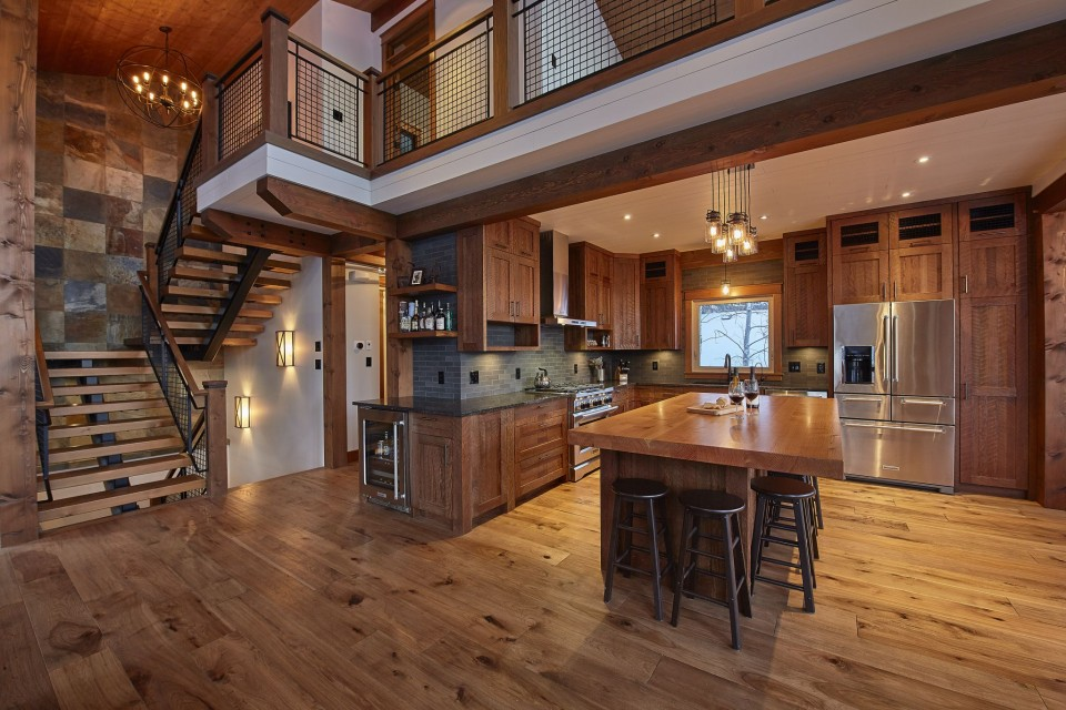 Emma Lake Timber Frame Log Home 16 | Streamline Design