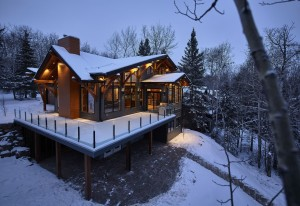 Emma Lake Timber Frame Log Home 17 | Streamline Design