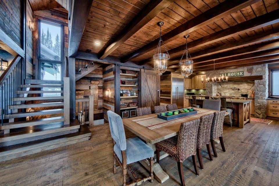 Lottinville Timber Frame Log Home 31 - Streamline Design