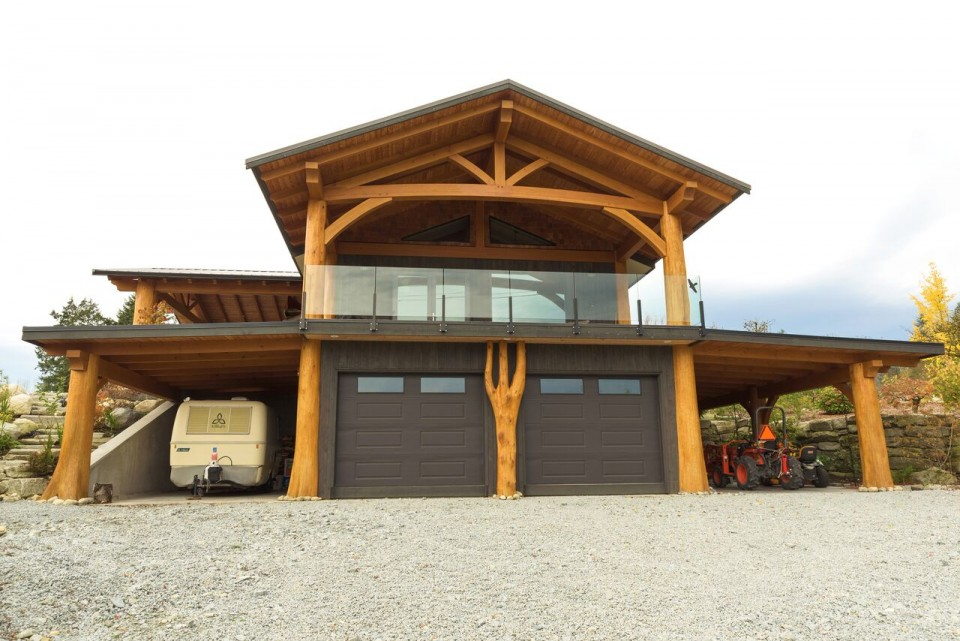 McNeil Timber Frame Log Home | Streamline Design