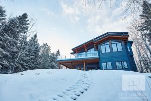 Emma Lake Timber Frame Log Home 4 | Streamline Design
