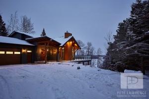 Emma Lake Timber Frame Log Home 9   Streamline Design