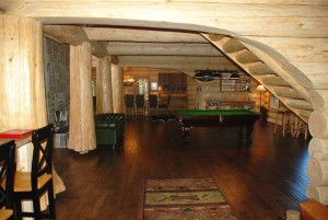 Recreational Room with Pool Table