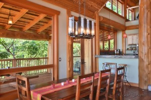 Stunning dinning room