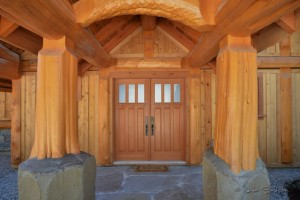 Grand log home entrance