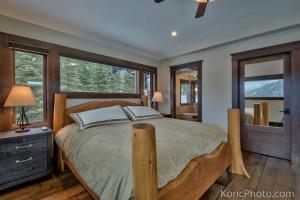 custom-master-bed-frame