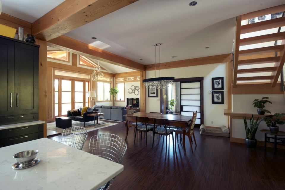 kitchen-looking-into-dining-room