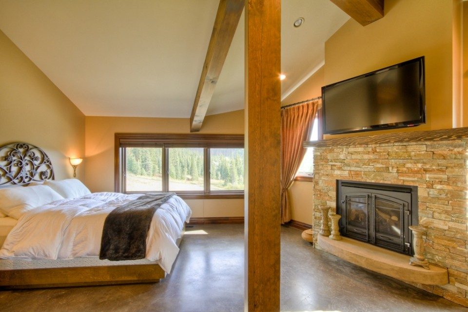 Large Master Bedroom with fireplace