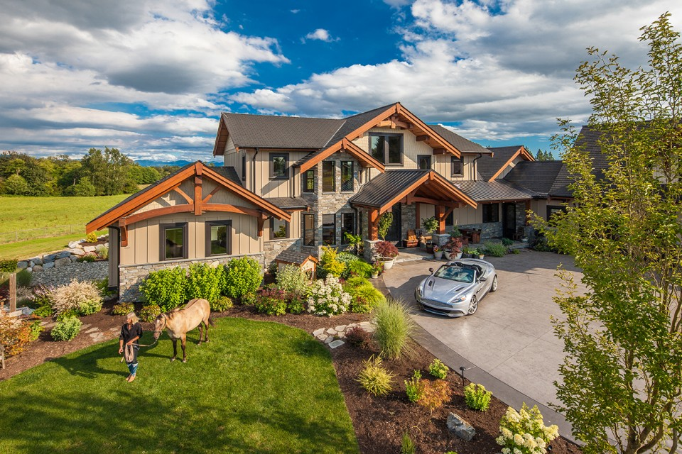Corsan ranch timber frame design streamline design for Timber frame ranch homes