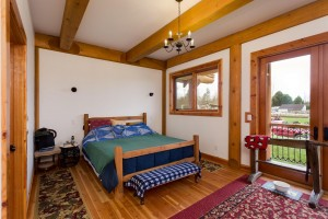 Campbell Valley Post and Beam Log Home 8 - Streamline Design