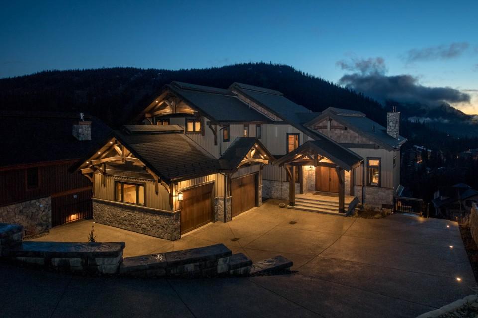 Lottinville Timber Frame Log Home 1 - Streamline Design