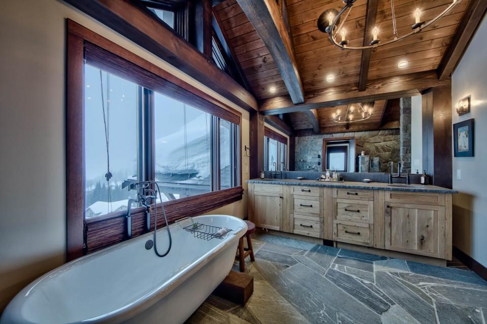 Lottinville Timber Frame Log Home 43 - Streamline Design