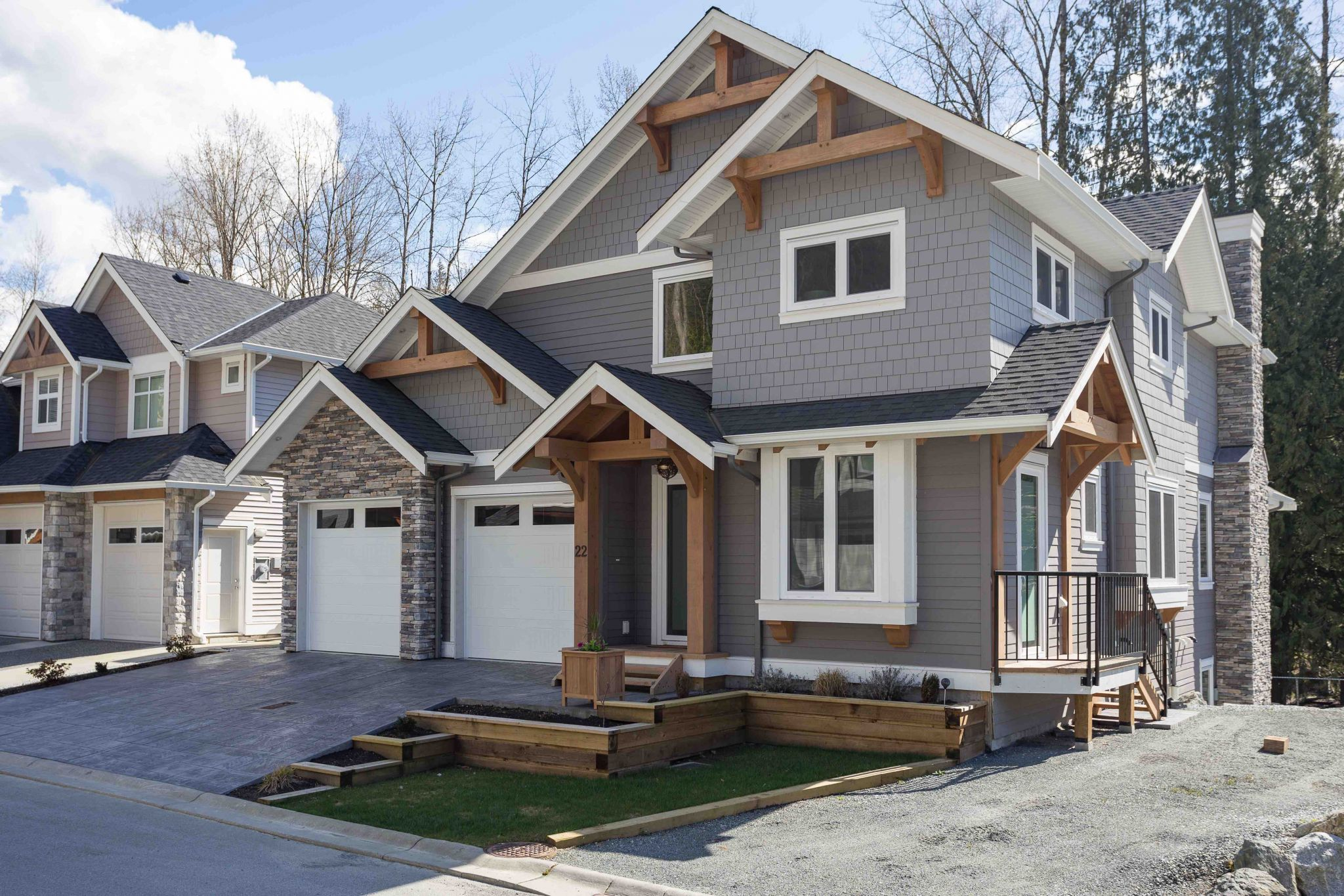 Straiton Timber Frame Home Front Yard | Streamline Design Ltd